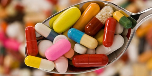Smartphone app identifies pills in a snap